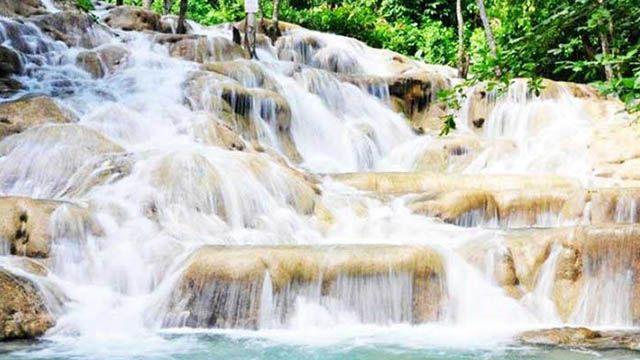 Jamaica Dunn's river falls