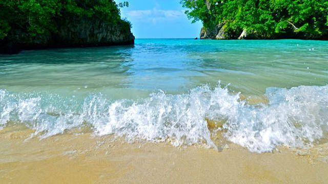 Jamaica James Bond beach