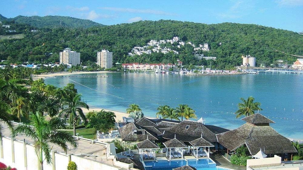 Visit Jamaica and save money