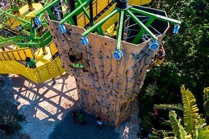 Climbing wall Mystic Mountain